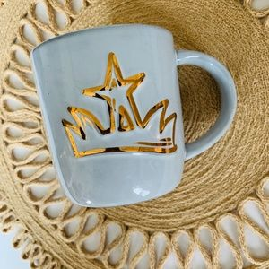 Starbucks Gold Crown 2016 Anniversary Large Mug